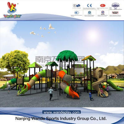 How to use outdoor playground equipment safely?